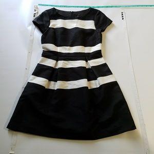 Dresses & Skirts - Ann Taylor  black and white striped dress